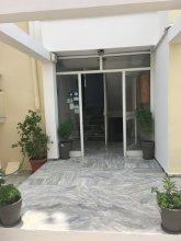 Manias Apartments