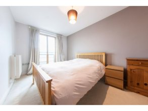 Stunning View Entire Flat Excel Canary Wharf - Sleeps 4