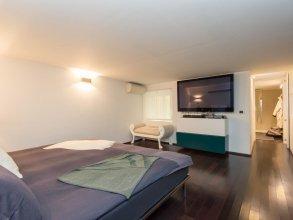 RSH Pantheon Luxury Hi Tech Apartment