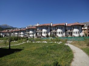 """""""Pinerose"""" resort"""