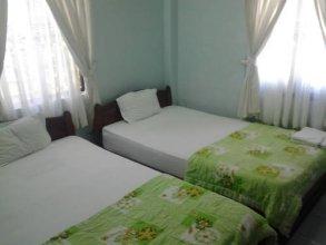 Cam Trang Hotel