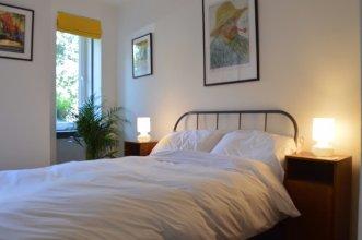 2 Bedroom Flat Near Leith Walk