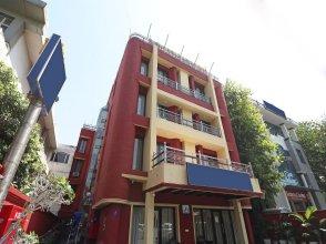 OYO 11201 Near Bhikaji Cama Place