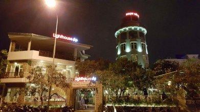 Lighthouse Hotel & Cafe