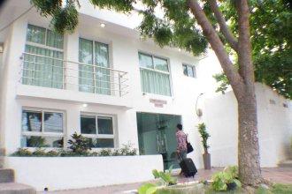 Golden House Hotel
