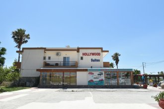 HOLLYWOOD Suites
