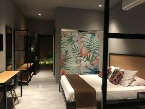 AR Luxury Suites