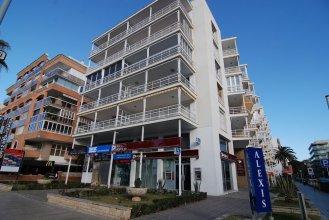 Apartamentos Zeus Alexis