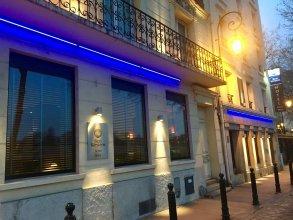 Kyriad Paris Ouest Puteaux La Defense Hotel