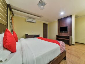 OYO 4668 Hotel Ocean Residency
