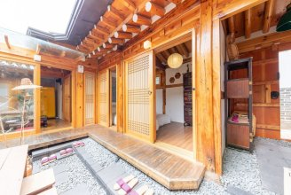 Open Real Luxury Korean Hanok