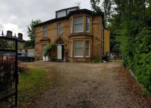 Broadstone House near Glasgow Airport