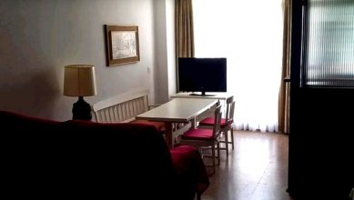 Studio in Torremolinos, With Wonderful City View, Pool Access and Furn