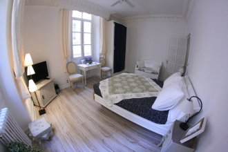 L'Oustaria Bed and Breakfast