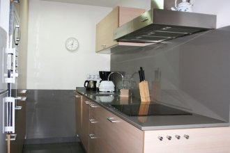 Apartment Paralel 2