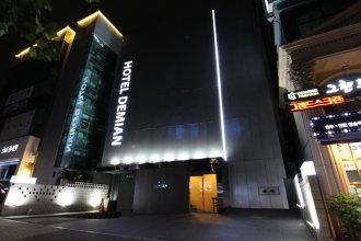Demian Hotel