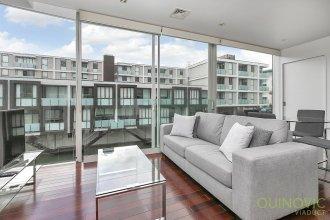 QV Design Lighter Quay Apartment - 785