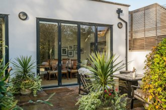 Breathtaking Putney Home with Gorgeous Garden