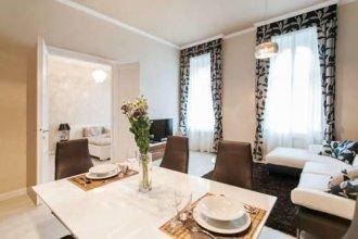 Parliment Luxury Apartment