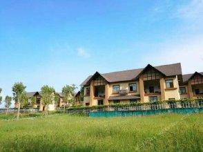 A small town of gu Jian mountain in Chongqing. China resort hotel in the mountains