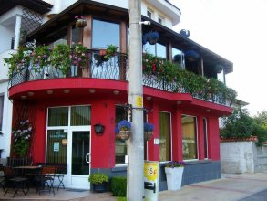 Family Hotel Flora