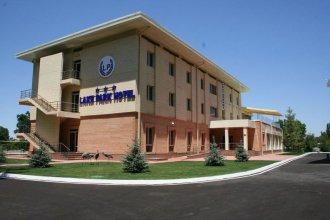 Лейк Парк Отель