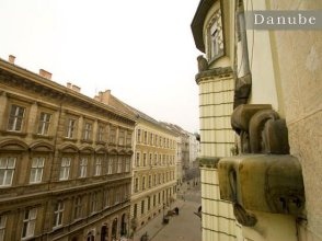 Danube Apartment Váci