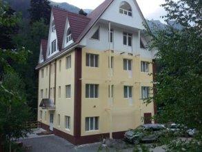 Hostel Dombay