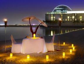 Al Raha Beach Hotel Villas