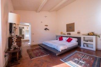 Magnificent Florentine Apartment