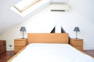 2 Bedroom Maisonette in Barons Court