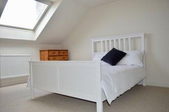 5 Bedroom Flat in Edinburgh City Centre