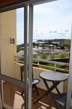 RH 3 Castelos Rocha Beach Apartment