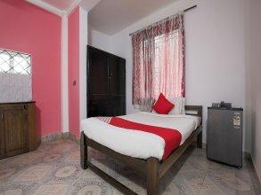OYO 7476 Braganza Guest House