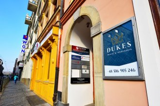 Dukes Hostel - Old Town