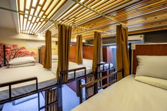 Saigon Capsule Hostel - Adults Only