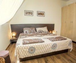 FM Premium 1-BDR Apartment with Terrace-Pacific
