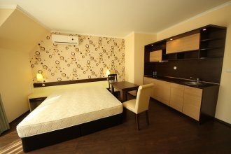 Grand Hotel St.Vlas - Menada Apartments