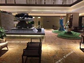Qingshuiwan Letanghui Hot Spring Holiday Hotel