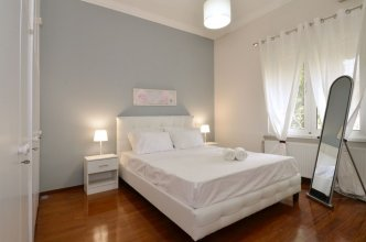 Plaka Apartment in Athens