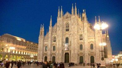 SuiteLowCost San Babila Duomo