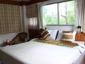 Beach Road Inn Phuket