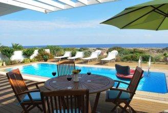 Beachfront Villa Balsa