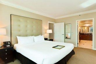888 Two Bedroom Three Bath Suite at Signature Condo Hotel