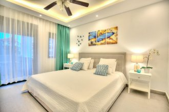 Beach Apartment 10mbps Internet & Smart Tv's