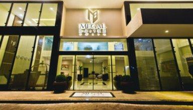 Megal Suites Hotel by DecO