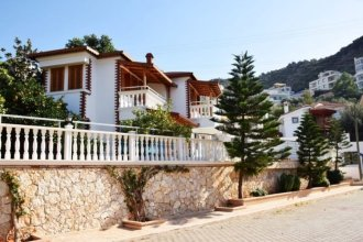Villa Duru by Akdenizvillam