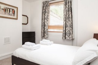 Lovely 1 Bed Self-Contained Flat in Greenwich