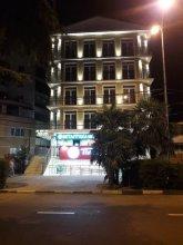 Apartment on Demokraticheskaya str 45-27
