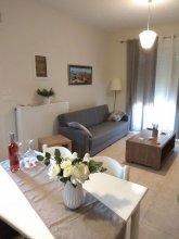 White Rose Apartment- Elegant Apartment